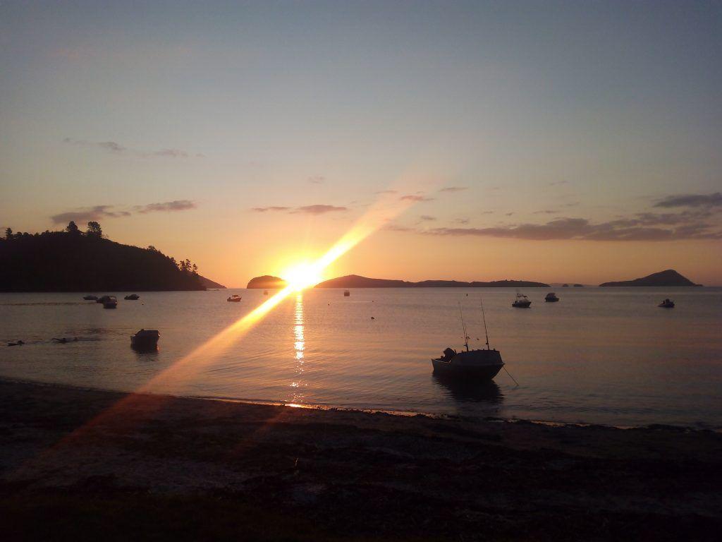 Atardecer en Long Bay, NZ